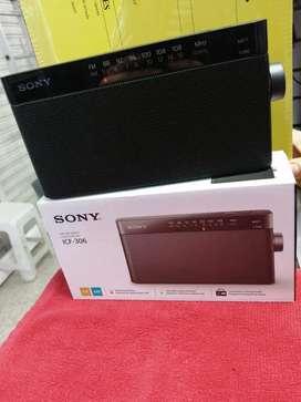 Radio marca Sony Modelo ICF-306