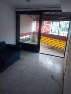 Se arrienda aparta studio con cocina semi integral en un 3 Pis en el barrio 12 octubre por los lados de la plaz de toro