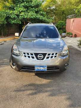 Nissan Rogue 2015 full extras  poco golpe