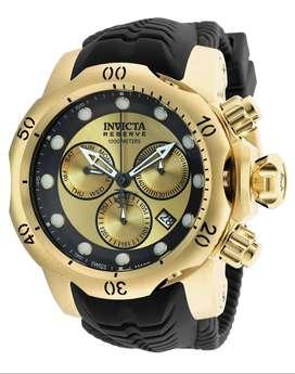 Reloj Hombre Invicta Venom Suizo Crono Dorado Negro 90147