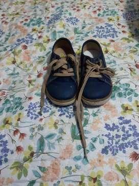 Vendo Zapatos para Niño