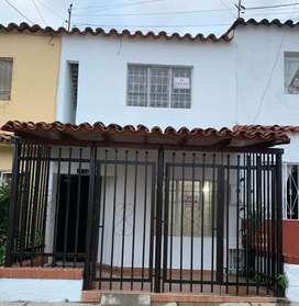 Se vende casa en Arenales 2 etapa