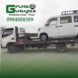 Servicio de gruas plataforma autocargable alquiler wincha whelee lift para auto en Guayaquil Grua dolly patines