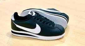 Nike cortez dama y caballero