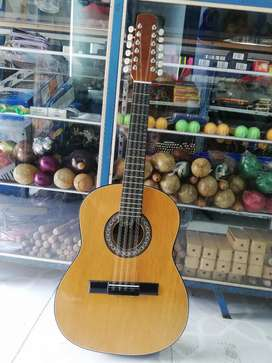 Tiples y requinto carranguero
