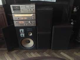 Akai Sistema De Audio Excelente