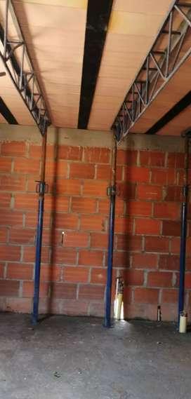 Ofrezco mis servicios en construcción.mampostería,frisos,estucos enchapes,estructuras,drewall,PVC