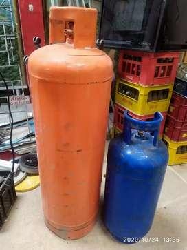 Cilindros de gas de 100 lb y 40 lb