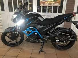 Moto AKT cr5