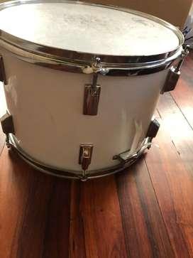 Se vende tambor redoblante blanco