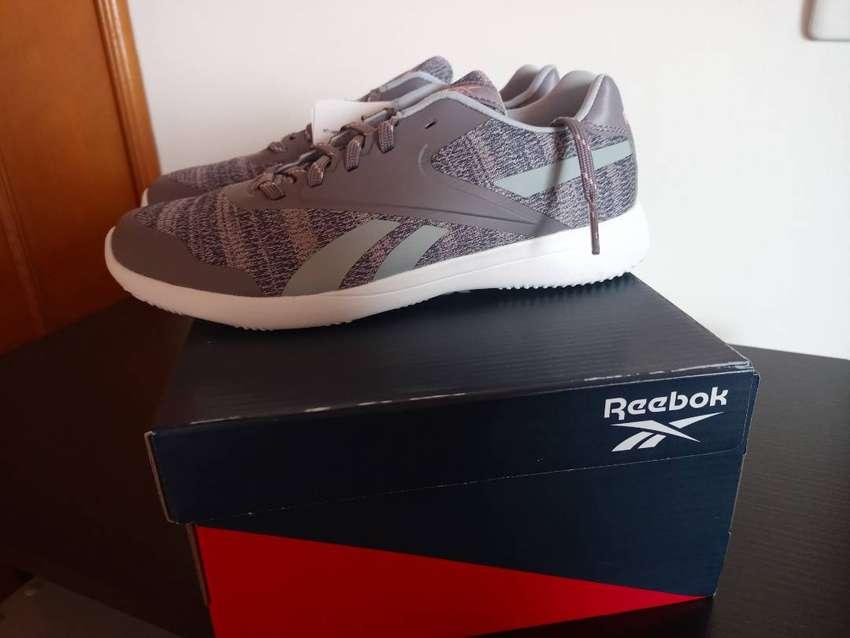 Reebok iridium original talla us 6 nuevos en caja