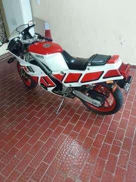 Yamaha FZ 600 RECIBO MAYOR