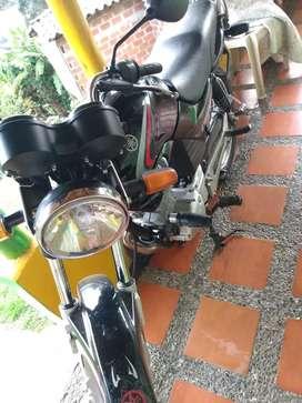 Se vende moto Yamaha libero 125