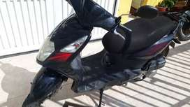 Vendo moto akt dinamic R automatica