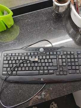 Teclado para computadora Logitech