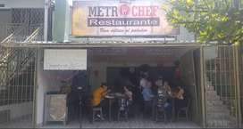 Se alquila restaurante acreditado con vivienda sobre la calle 70