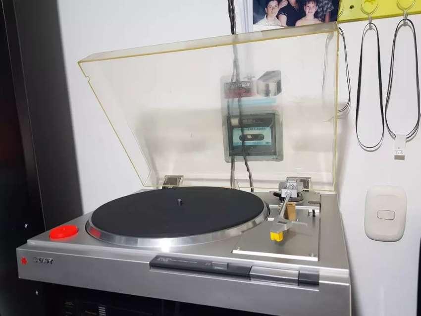 Tornamesa tocadiscos Sony PS-LX210