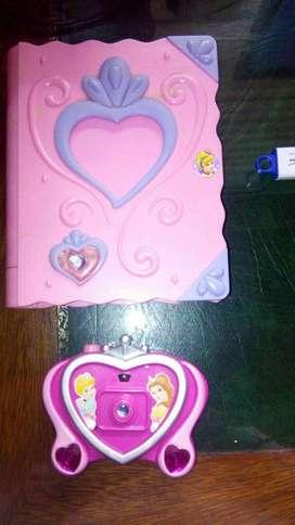 Agenda y cámara de princesas