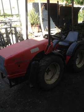 Se vende mini tractor