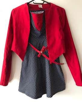 Vestido con chaqueta roja. Nuevo.