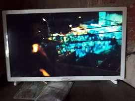 Vendo LCD 21 con control en perfecto estado