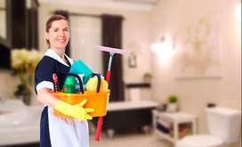 señora ofrece sus servicios para hacer aseos