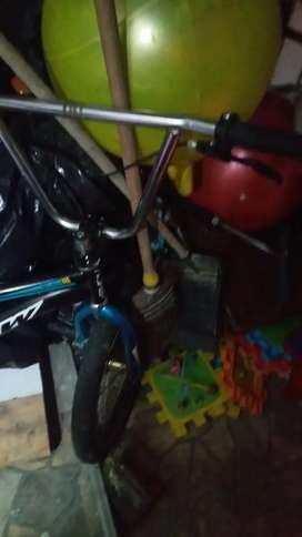 se vende bicicleta a 200.000