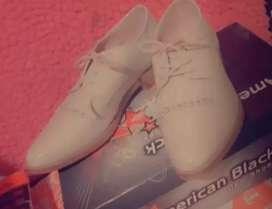 Zapato encharolado