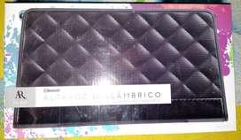 Altavoz inalambrico con bateria recargable CON BLUETOoh Nuevo