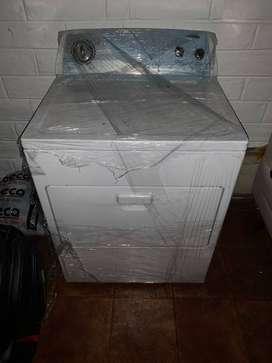 Secadora de ropa Wirpool electrica NUEVA