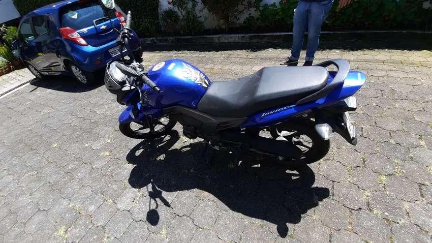 Moto honda invicta CBF150