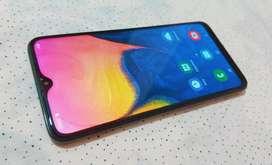 Samsung A10, 32gb Huella 6.2pulg rec facial