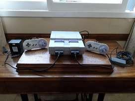 Super Nintendo Original. 2 Josticks, Y 4 Juegos  Super Nintendo Original. 2 Josticks, Y 4 Juegos
