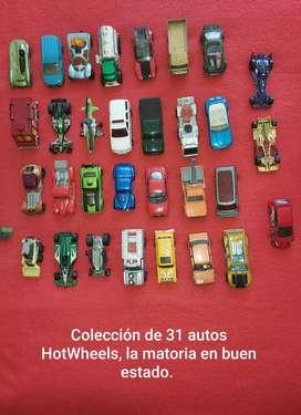 Colección de 31 autos HotWheels