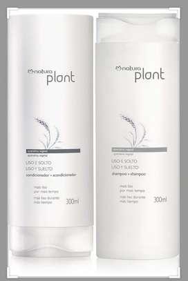 Kit de plant liso y suelto shampoo y acondicionador 300ml natura.
