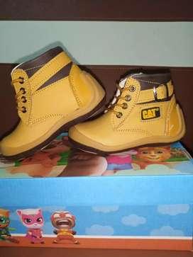 Zapato para niño / talla 22