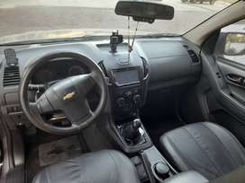 Vento camioneta Dimax doble cabina diésel 4x2 4x2