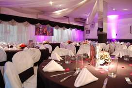 Multiespacio Eventos Charlas Egresados Salón de Fiestas Casamientos Flores Cap Fed