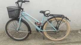 Ganga linda bicicleta para cambio o a la venta