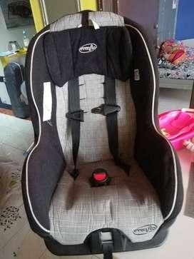 Silla de bebé para automóvil