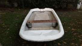 Liquido bote plástico EEUU 3.4 metros a reacondicionar