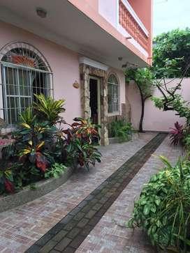 Alquilo Amplio Departamento en Babahoyo, 3 Dormitorios, Sala, Comedor, Cocina, Lavandería, 2 baños completos. $250