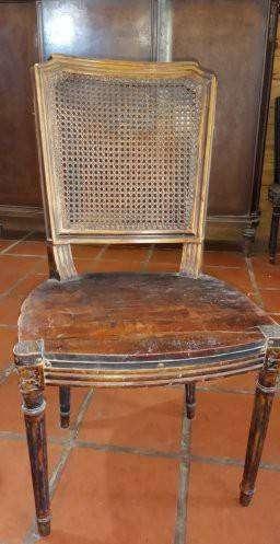 antiguas sillas estilo Luis xv