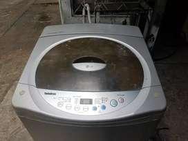 Lavadora LG de 16 kilos
