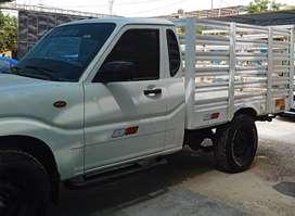 Camioneta 4x4 Mahindra Pickup