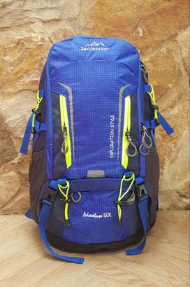 MORRAL CAMPING TIPO PROFESIONAL- MATERIAL LONA IMPERMEABLE.