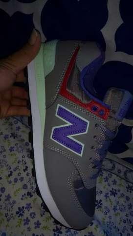 Zapatos new balance talla 7 americano
