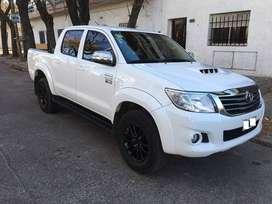 Toyota Hilux SRV 4x2 Cuero