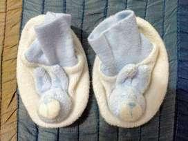 Escarpines de Bebé con forma de conejo