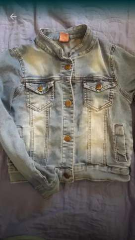 Campera de jean para niña